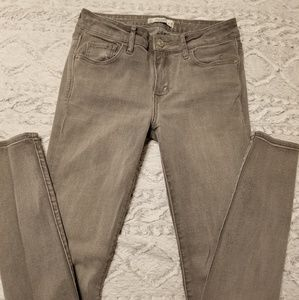 Abercrombie & Fitch gray skinny jean